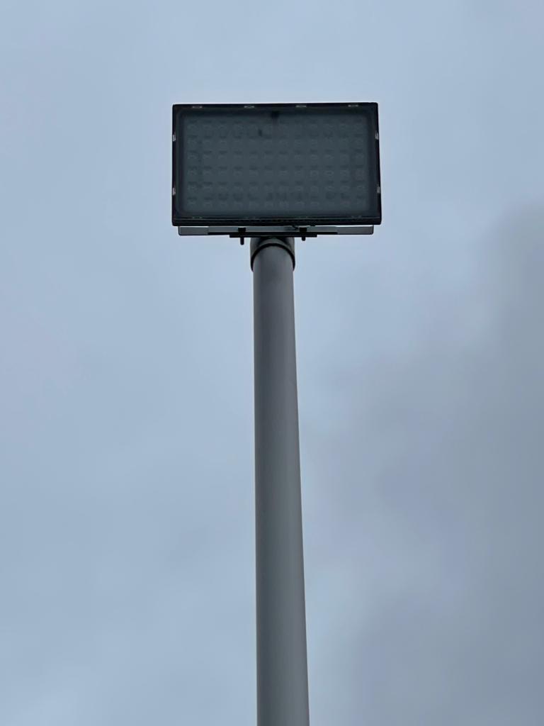 Lichtmast 8 meter